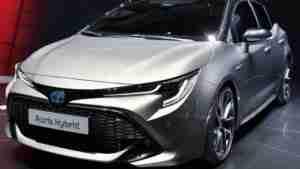 auto usata Auris Toyota
